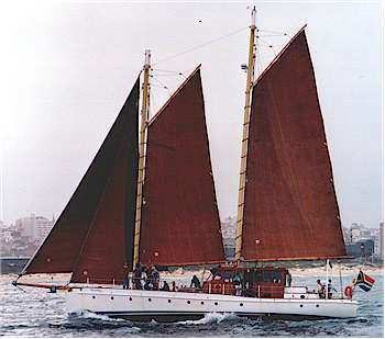 Ancilla II under sail